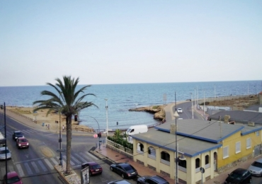 2 bedroom apartment with SPECTACULAR SEAVIEWS